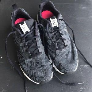 Nike Air 8 1/2